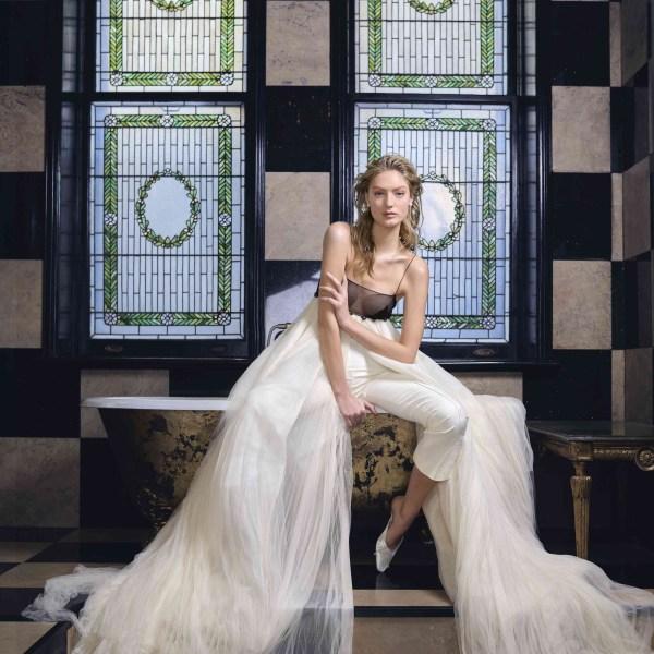 80 Simple and Glam Jumpsuit Wedding Dresses Ideas 29