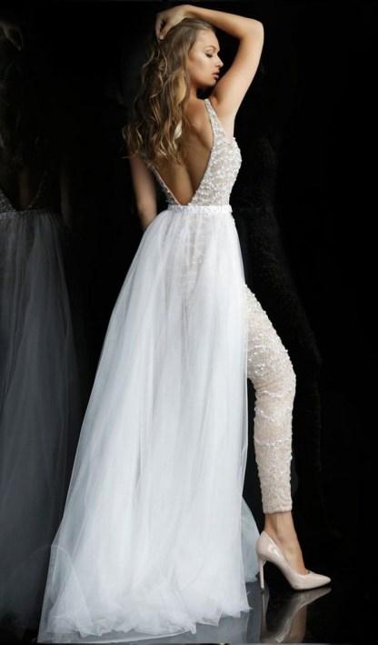 80 Simple and Glam Jumpsuit Wedding Dresses Ideas 57