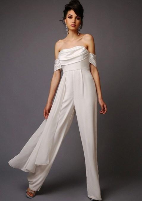 80 Simple and Glam Jumpsuit Wedding Dresses Ideas 86