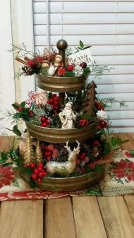 How Stunning Rustic Christmas Decorations Ideas 03
