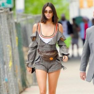 40 How to Wear Waist Bags Ideas 27