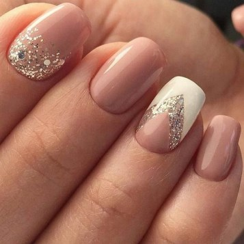 47 Simple Nail Art Design for This Winter Season Inspiration 7