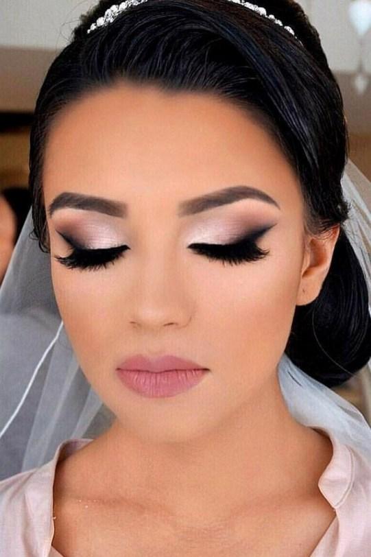 50 Bridal Smokey Eye Makeup Ideas 07