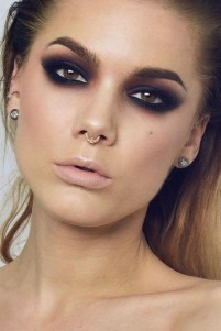 50 Bridal Smokey Eye Makeup Ideas 44