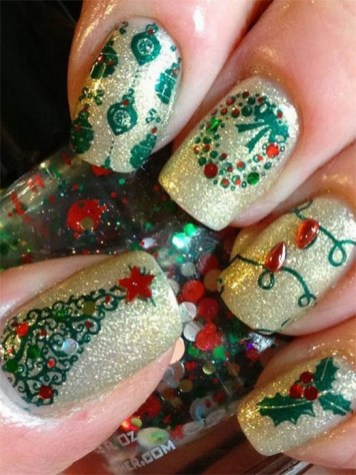 50 Cute and Festive Christmas Nail Design You Should to See 13