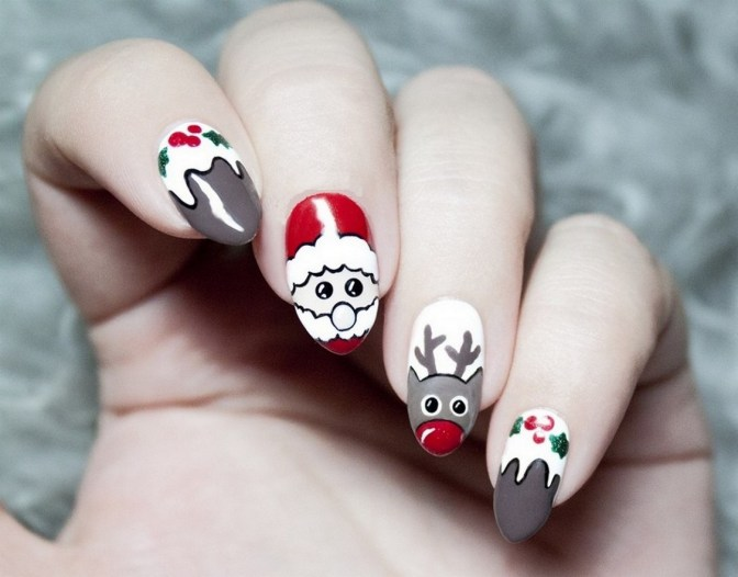 50 Cute and Festive Christmas Nail Design You Should to See 17