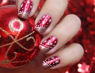 50 Cute and Festive Christmas Nail Design You Should to See 20