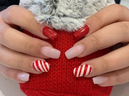 50 Cute and Festive Christmas Nail Design You Should to See 45