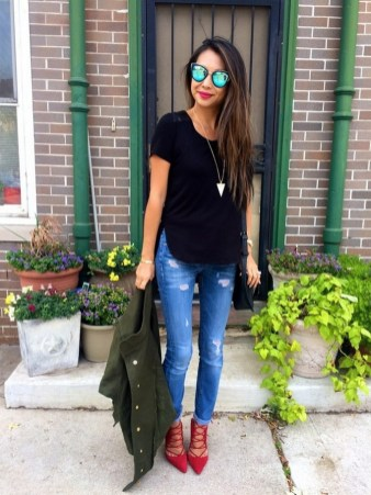50 Modern Look Jeans and Red Shoes Outfit Ideas 06