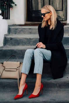 50 Modern Look Jeans and Red Shoes Outfit Ideas 09