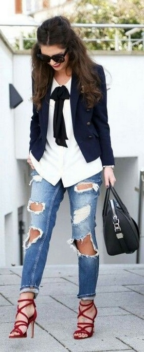 50 Modern Look Jeans and Red Shoes Outfit Ideas 12