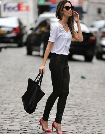50 Modern Look Jeans and Red Shoes Outfit Ideas 37