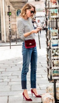 50 Modern Look Jeans and Red Shoes Outfit Ideas 41