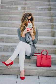 50 Modern Look Jeans and Red Shoes Outfit Ideas 43