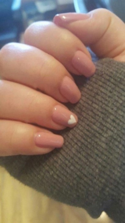 50 Nail Art Ideas for Valentines Day You Need to See 18