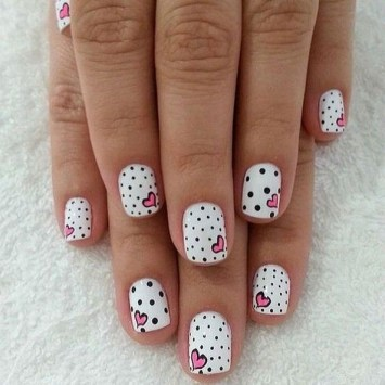 50 Nail Art Ideas for Valentines Day You Need to See 26