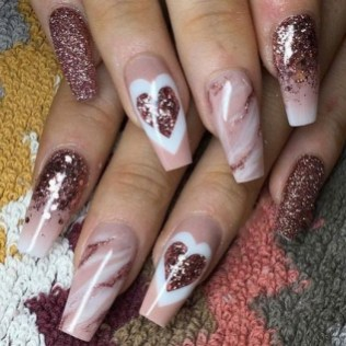 50 Nail Art Ideas for Valentines Day You Need to See 27