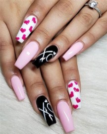 50 Nail Art Ideas for Valentines Day You Need to See 35