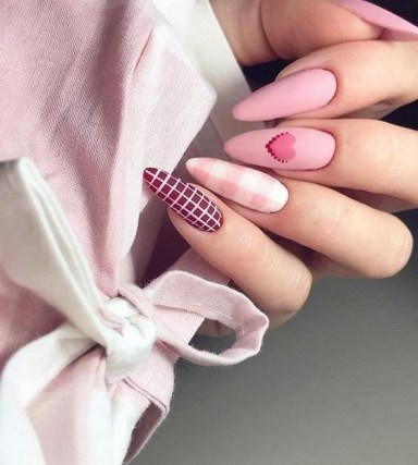 50 Nail Art Ideas for Valentines Day You Need to See 42