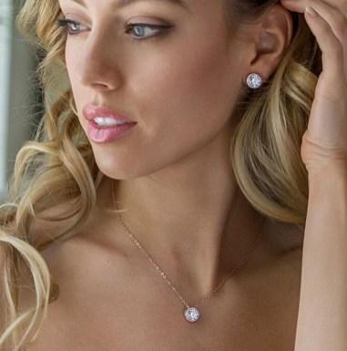 50 Stud Earring for Wedding Brides Ideas 31