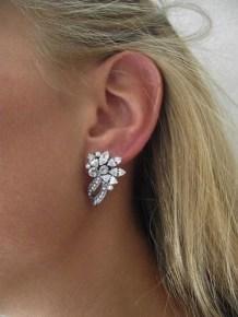 50 Stud Earring for Wedding Brides Ideas 34