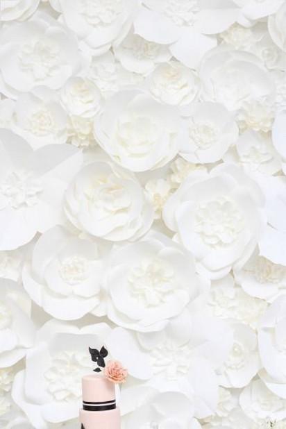 50 Stunning Paper Flower Decoration for Wedding Ideas 23