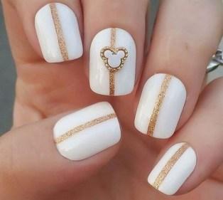 60 Disney Themed Nail Art Ideas 02