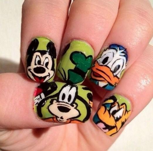 60 Disney Themed Nail Art Ideas 34