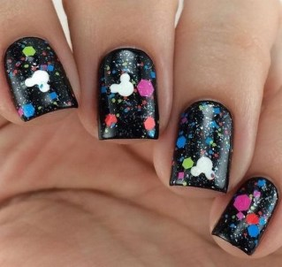 60 Disney Themed Nail Art Ideas 58