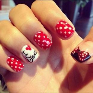 60 Disney Themed Nail Art Ideas 62
