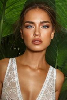 60 Inspiring Natural Bridal Look 11