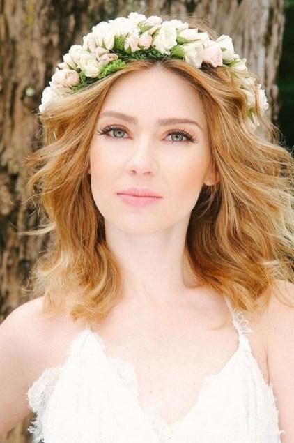 60 Inspiring Natural Bridal Look 19