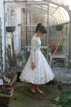 60 Simple Vintage Wedding Dress Ideas 03