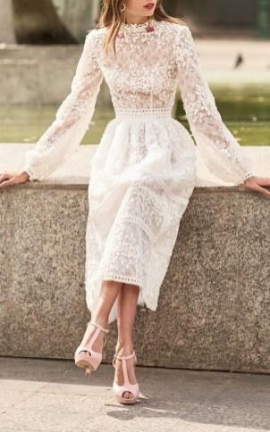60 Simple Vintage Wedding Dress Ideas 05