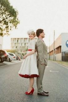 60 Simple Vintage Wedding Dress Ideas 16