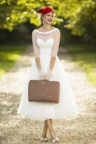 60 Simple Vintage Wedding Dress Ideas 32