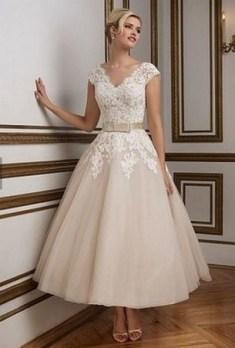 60 Simple Vintage Wedding Dress Ideas 62