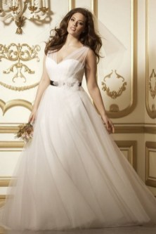 70 Elegant Ball Gown Wedding Dresses For Plus Size 17