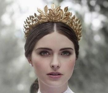 70 Elegant Bridal Crown Wedding Ideas 51