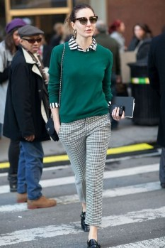 75 How to Wear Sweater for Working Women 03