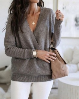 75 How to Wear Sweater for Working Women 22