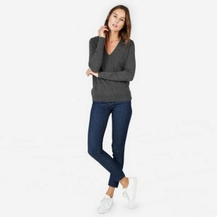 75 How to Wear Sweater for Working Women 34