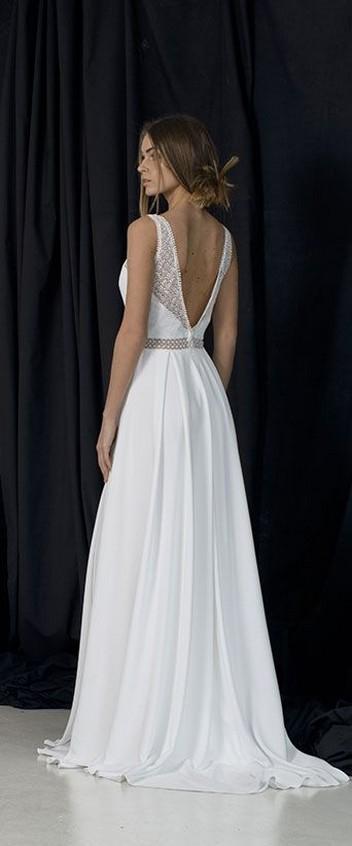 80 Adorable V Shape Back Wedding Dresses You Need to See 12