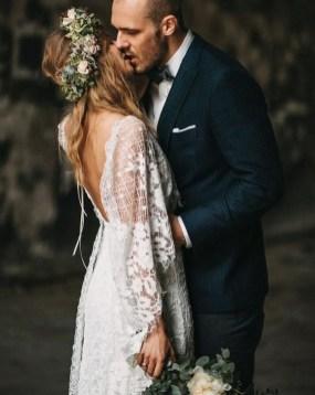 80 Adorable V Shape Back Wedding Dresses You Need to See 17