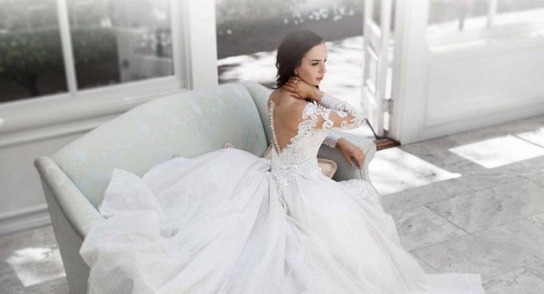 80 Adorable V Shape Back Wedding Dresses You Need to See 36