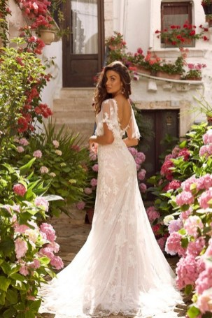80 Adorable V Shape Back Wedding Dresses You Need to See 7