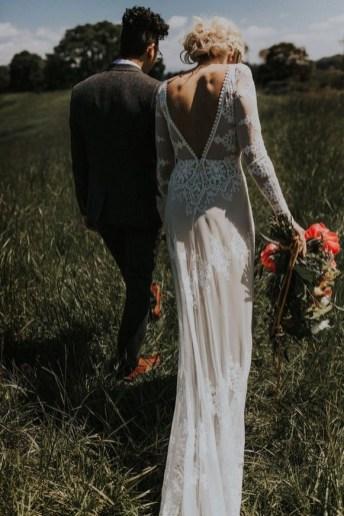 80 Adorable V Shape Back Wedding Dresses You Need to See 84