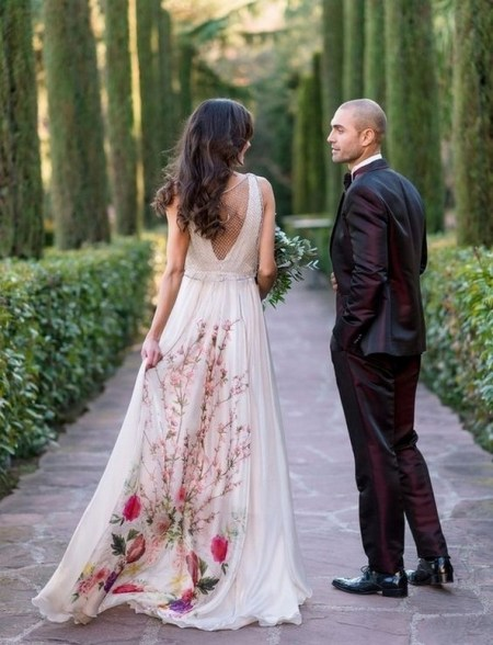 80 Colorful Wedding Dresses Ideas 09