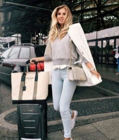 90 Comfy and Fashionable Travel Airport Outfits Looks 12