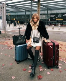90 Comfy and Fashionable Travel Airport Outfits Looks 73